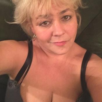 sexcontact met Jeni