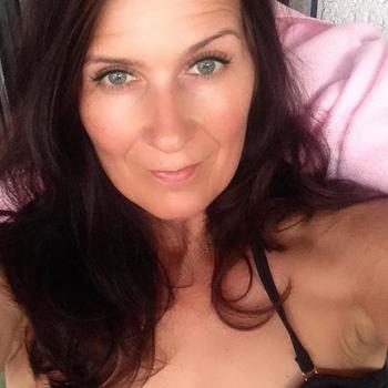 50 jarige vrouw, Lauratje zoekt nu contact met mannen in Vlaams-brabant voor sex
