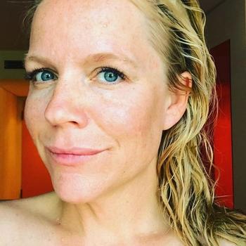 Vrouw (41) zoekt sex in Waals-Brabant