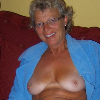 Vrouw (67) zoekt sex in Flevoland