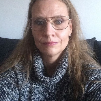 62 jarige vrouw zoekt seksueel contact in Friesland