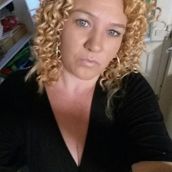 46 jarige vrouw zoekt man in Groningen
