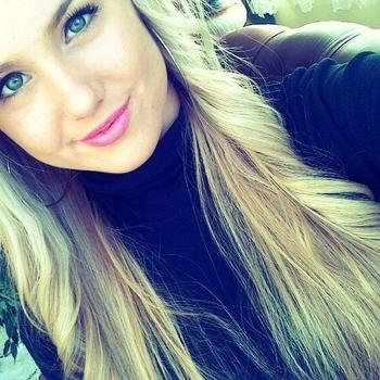 sexcontact met Blondjuh