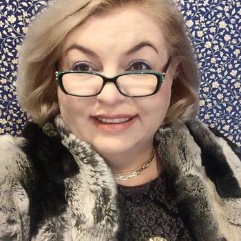63 jarige vrouw, Carlaa zoekt contact met mannen in Gelderland voor sex!