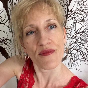 55 jarige vrouw zoekt man in Groningen