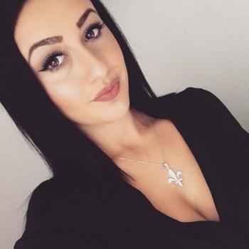 21 jarige vrouw zoekt man in Gelderland