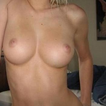 sexdating met Ani