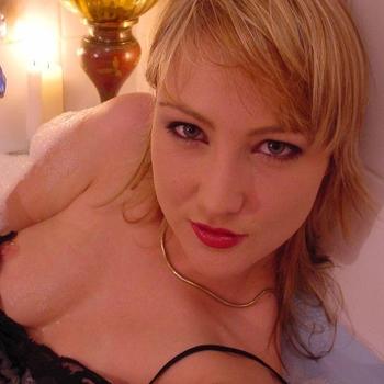 Shannonn (23) uit Overijssel