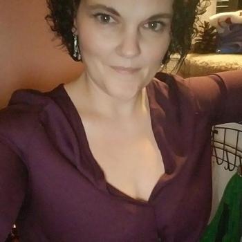 Vrouw (54) zoekt sex in Utrecht