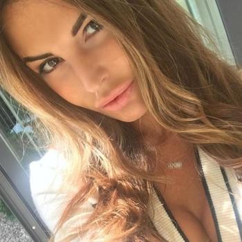 Mommylike, 36 jarige vrouw zoekt sex in Friesland