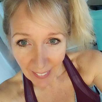 babett, 52 jarige vrouw zoekt sex in Utrecht