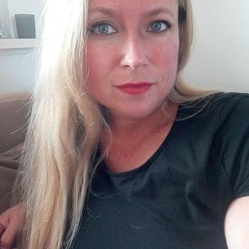 sexcontact met Ledy