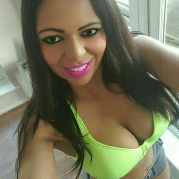 35 jarige vrouw zoekt seksueel contact in Utrecht