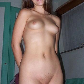 Sexdate met Ellens - Vrouw (22) zoekt man Flevoland