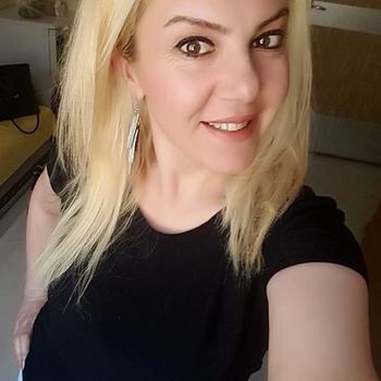 Anya, 39 jarige vrouw zoekt sex in Friesland
