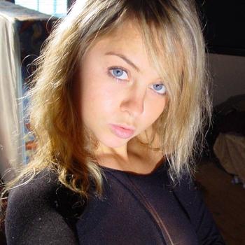 sexcontact met BlondeMarieke