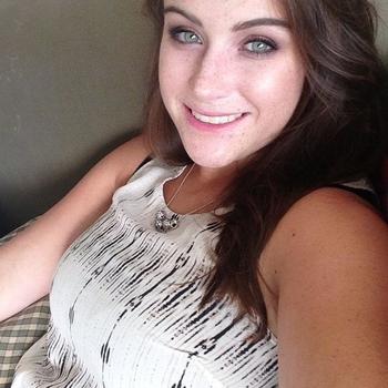 sexdating met MoniqueeDewil