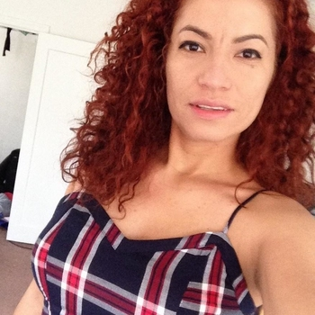 KarenK (37) uit Limburg