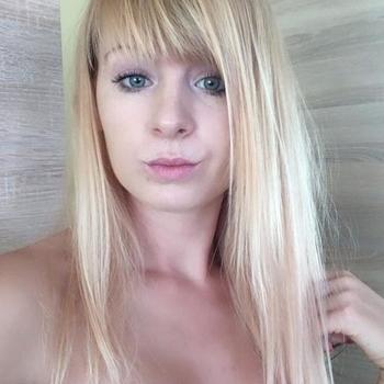 20 jarige Vrouw zoekt sex in Hilversum