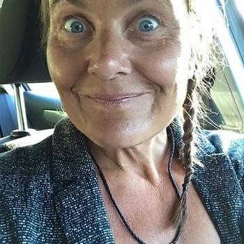Mare, 56 jarige vrouw zoekt seks in Utrecht