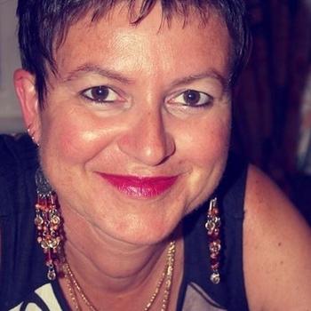 Sexdate met Mien - Vrouw (57) zoekt man Zuid-Holland