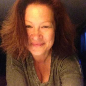 55 jarige vrouw zoekt geile date in Noord-Brabant