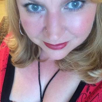41 jarige vrouw zoekt man in Zuid-Holland