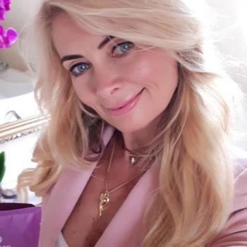 Vrouw (50) zoekt sex in Friesland