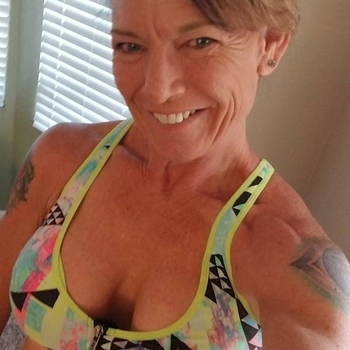 67 jarige vrouw zoekt seksueel contact in Utrecht