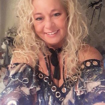 56 jarige vrouw, Keppie zoekt sexcontact met man in Overijssel