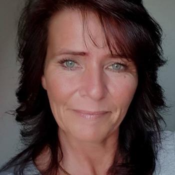 55 jarige vrouw zoekt seksueel contact in Overijssel