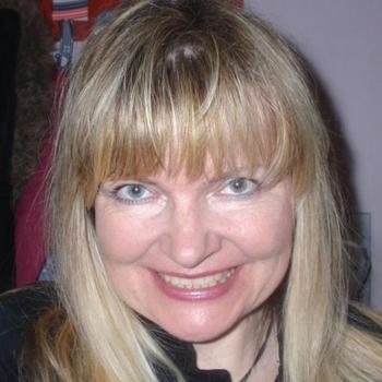 Nindy, 53 jarige vrouw zoekt seks in Drenthe