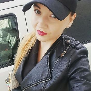 sexcontact met Elione