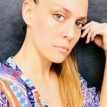 Vrouw (28) zoekt sex in Waals-Brabant