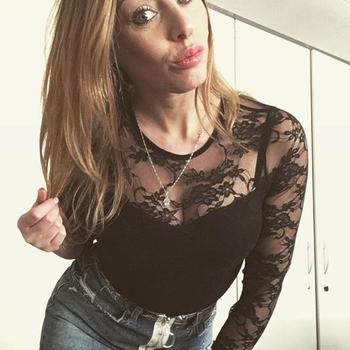Kimmie26, 28 jarige vrouw zoekt sex in Zuid-Holland