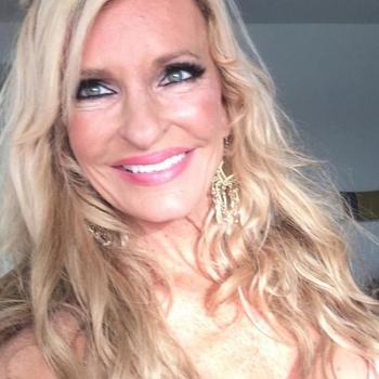 Sexdate met Repsi - Vrouw (52) zoekt man Vlaams-brabant