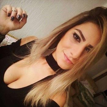 28 jarige Vrouw wilt sex
