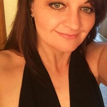 Vrouw (43) zoekt sex in Zuid-Holland