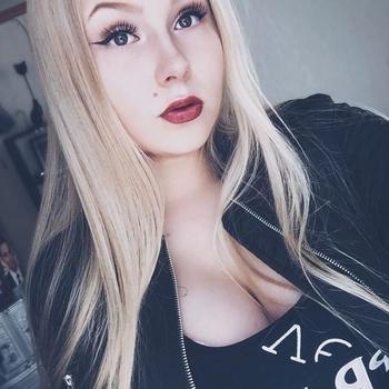 Jeanneik, 20 jarige vrouw zoekt sex in Friesland