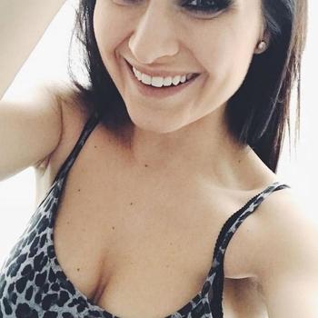 sexdate met Yelina