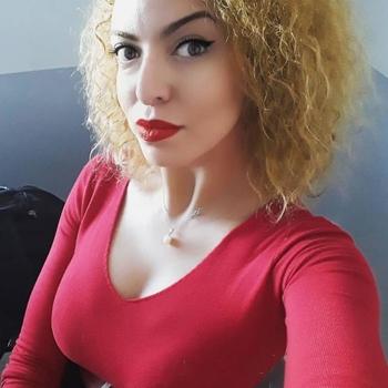 Lekker naaien met een 28-jarig dametje uit Overijssel