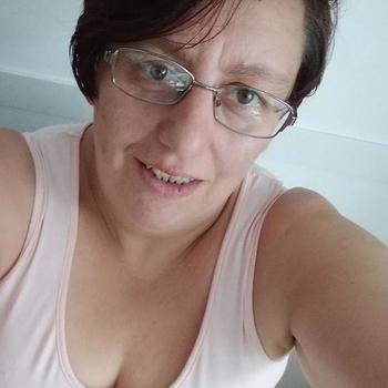 Marjonlijntje, vrouw 59 jaar zoekt sex in Zuid-Holland