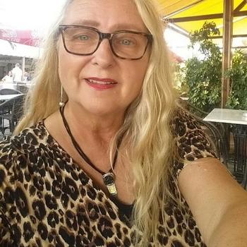 Vrouw (64) zoekt sex in Zuid-Holland