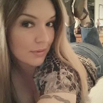 Marlindag, 41 jarige vrouw zoekt sex in Noord-Brabant