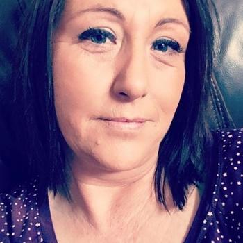 49 jarige vrouw zoekt man in Noord-Brabant