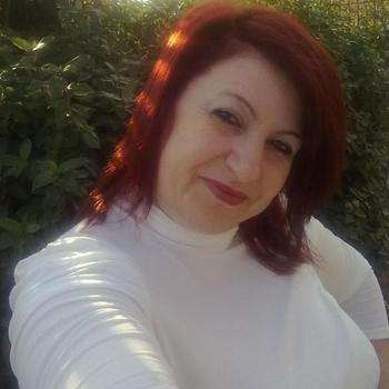 52 jarige vrouw, onderdaniggg zoekt sexcontact met man in Utrecht