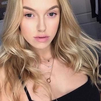 Rexyrox, 21 jarige vrouw zoekt sex in Noord-Holland
