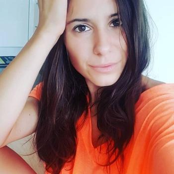 34 jarige vrouw zoekt seksueel contact in Vlaams-Limburg
