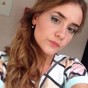 21 jarige Vrouw zoekt sex in Almere