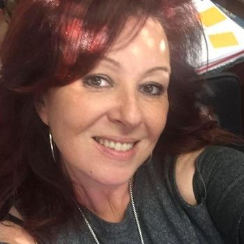 52 jarige vrouw zoekt man in Friesland